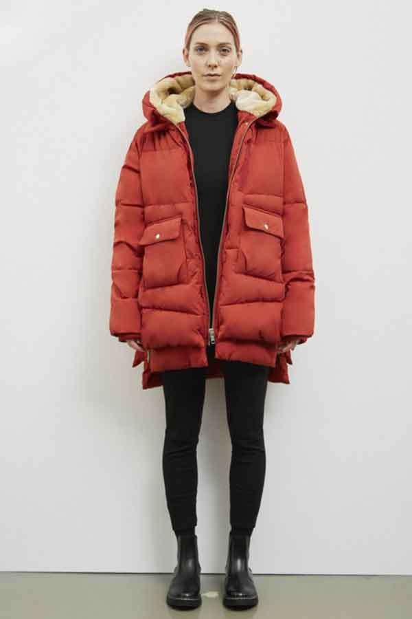 Embassy of Bricks and Logs Winter coats red good fashion guide Germany Eco Lookbook