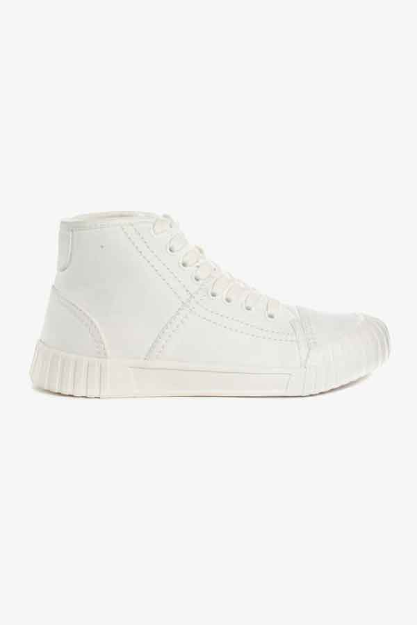 Gloobal Eco Lookbook - Bagger White High- Good News-Sneakers sustainable fashion