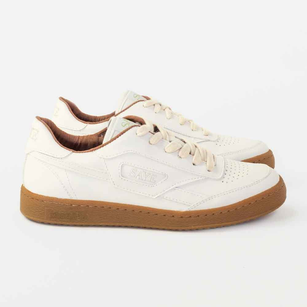 WHITE SUSTAINABLE VEGAN SNEAKERS TRAINERS ECOLOOKBOOK BLOG