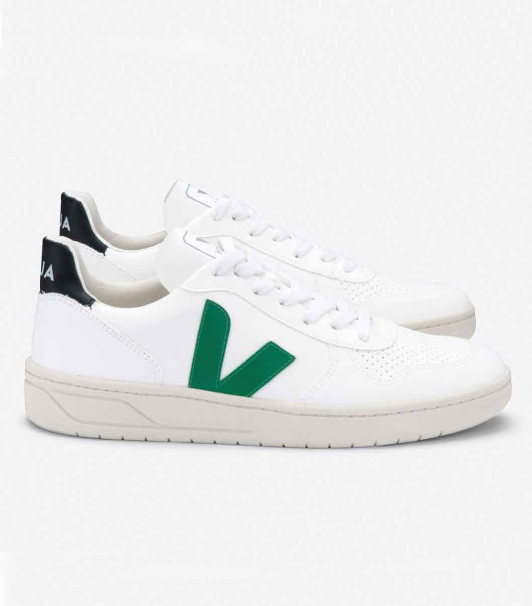 VEJA vegan canvas sneakers trainers | sustainable shoes lookbook