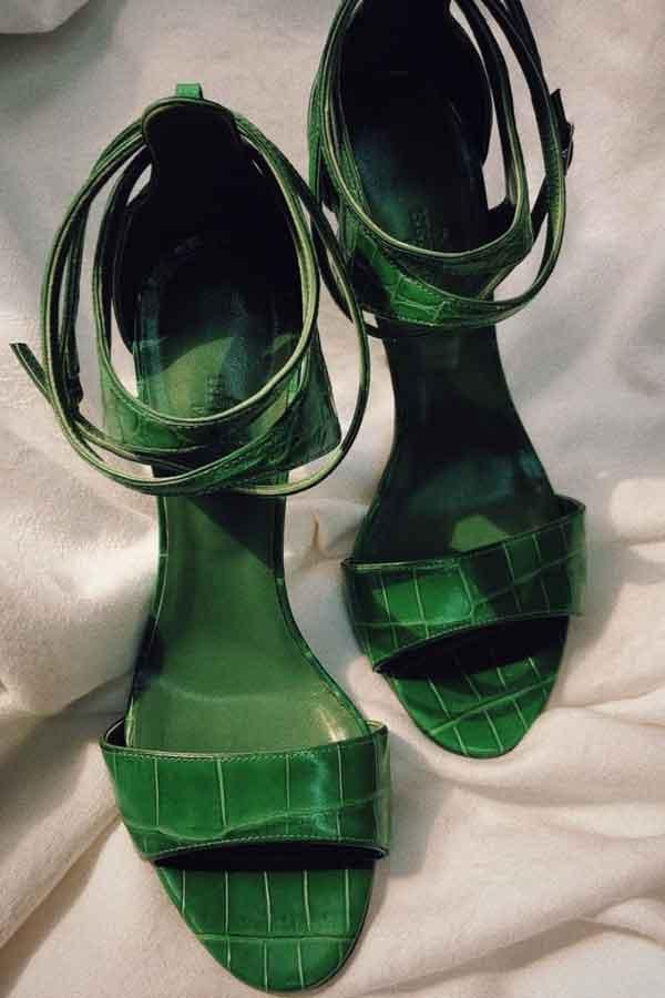 GARDEROBE DUBAI GREEN SHOES SECONDHAND LOOKBOOK ECOLOOKBOOK