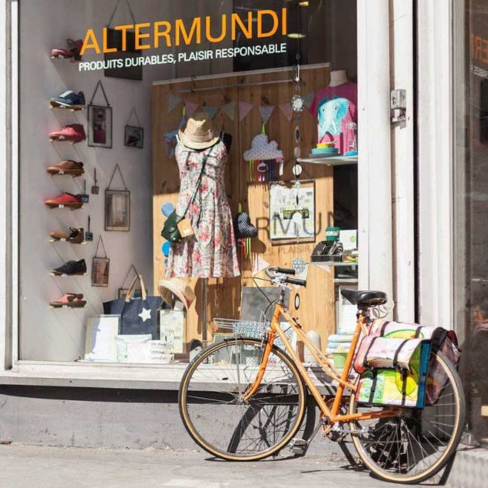 Where to shop sustainabel fashion in Paris Altermundi concept store